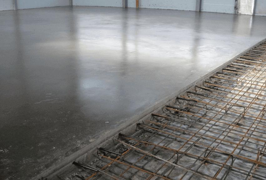 betonnaja-stjazhka-pola
