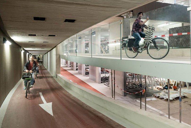 world's largest bike parking garage