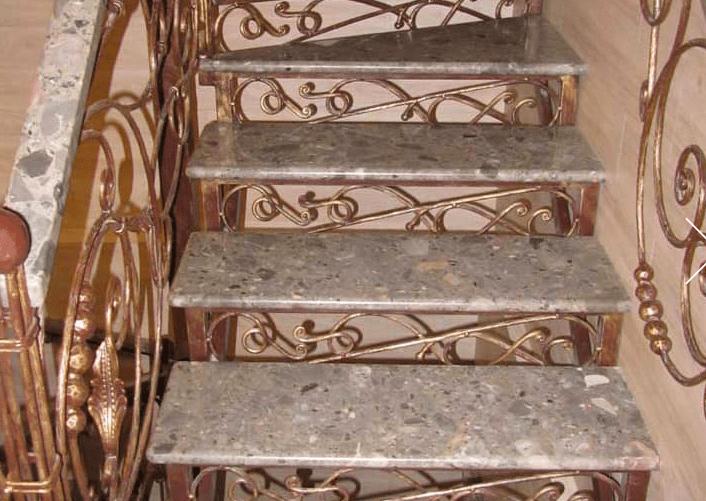 Лестницы из агата – солнечный свет натурального камня