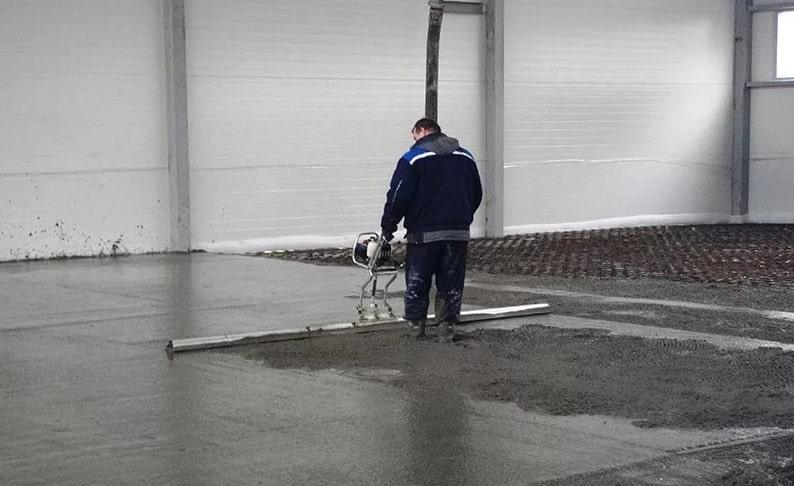 как залить бетонные полы фото его